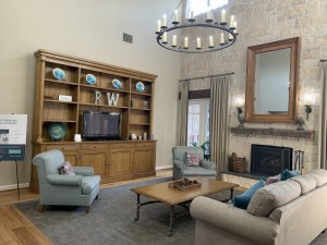 1 Bedroom Apartments for rent in Southwest Houston, TX - Clubhouse Interior Seating Area with Fireplace and TV